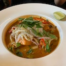 Tom Yum Laksa With Glass Noodles