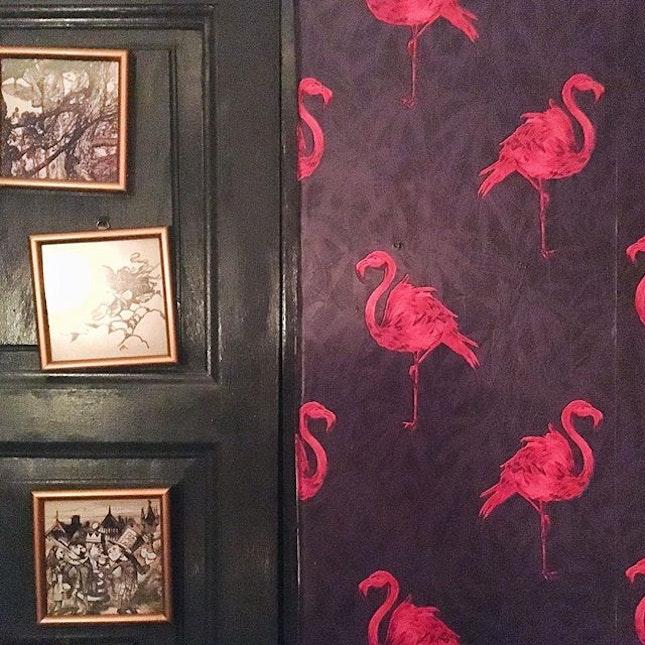 #wallpapergoals ❤️❤️ #rilsbangsar #rilsbar #weekendfun #aboutlastnight #pinkflamingo #love #vsco #vscocam