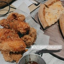 Cheese Pizza And Garlic Dak Gangjeong Chicken