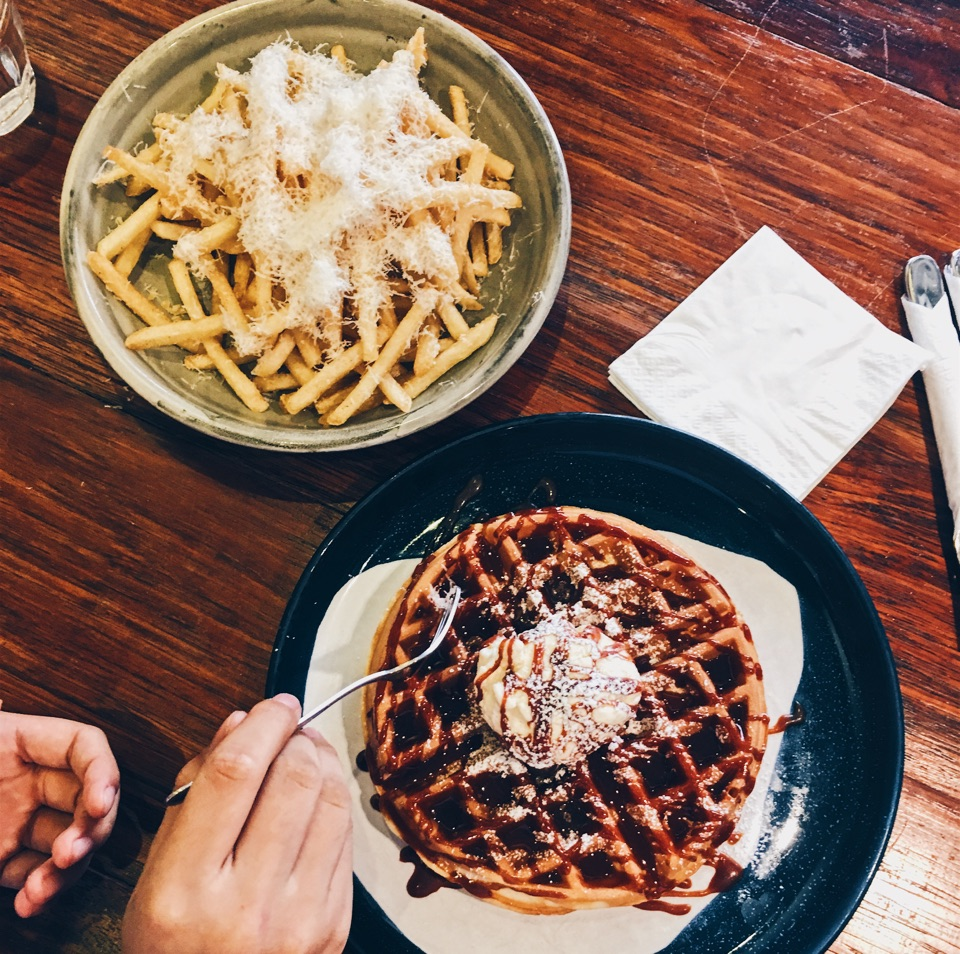 SC Buttermilk Waffle & Truffle Fries