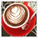 #tgif #happyhour #coffeebreak #welcome #weekend #loveyourlifestyle #gratitude #instadrink #foodporn #foodlover #burpple #latergram #cafehoppingsg #cbdgems #themuffinry #felzfooddiary
