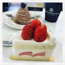 #checkingout #no1 #hotselling #signaturecake #strawberry #shortcake 🍓 #montblanc 🍰 #sweettooth #cravingfixed #happylabourday #instafood #instadessert #foodporn #foodlover #burpple #henricarpentier #henricarpentiersg #felzfooddiary