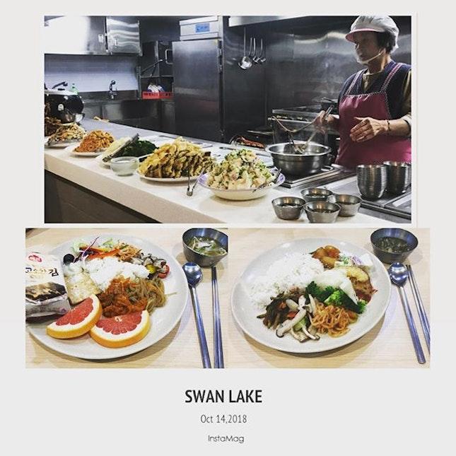 #bestever #vegetarianfood #ieverhad #simple #healthymeal #yummilicious #authentic #templefood 🥢 #amazing #templestay #templestaykorea #instafood #foodporn #foodlover #burpple #instalongweekend #instatravel #駱山 #妙覺寺 #naksan #myogaksa #myogaksatemple #seoul #southkorea #felzfooddiary #felztravelfootprint2018 #busanseoulday10 #kr