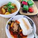 #hereforthefood #yummilicious #nyonyakueh #currychickenrice 🔥 #authentictaste #archar #instafood #foodporn #foodlover #burpple #chongwengecafe #崇文閣#felzfooddiary