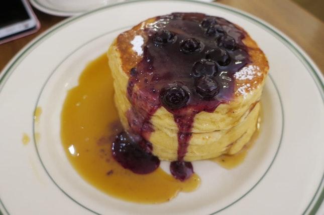 Amazing fluffy pancakes