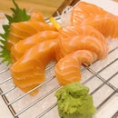 Salmon Sashimi Oishii.😋 Do check out @eatigo_sg for great discount for their foods.👍 .