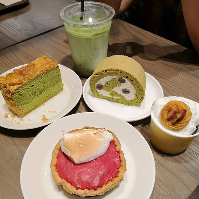 We headed to JW360° Cafe after having our meal at Suju Masayuki which is just beside it.