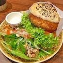 Bakery Cafe HACHI