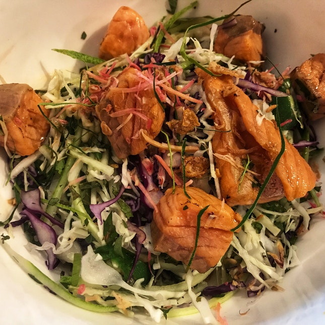 Ulam Salad With Torched Salmon