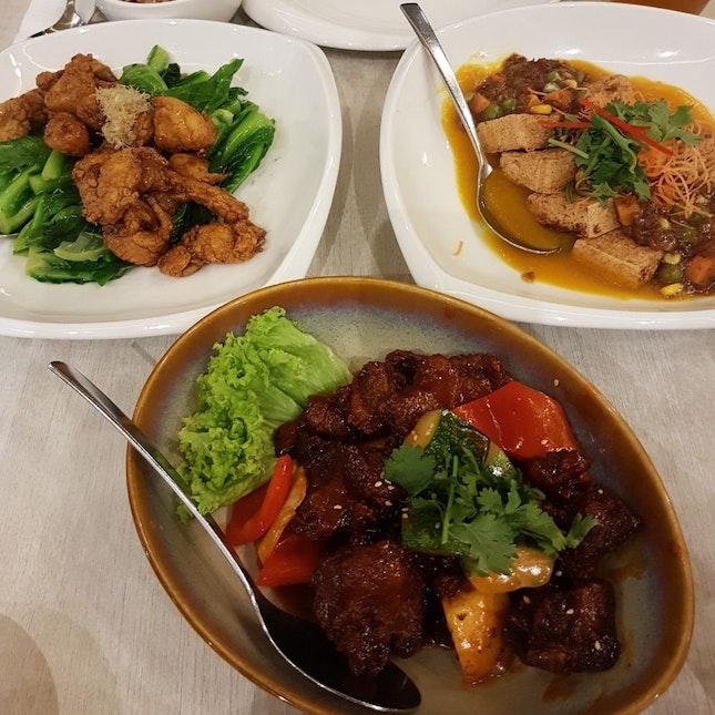 Monkeyhead Mushroom Nuggets + Sweet and Sour Mushrooms + Pumpkin Purée Tofu