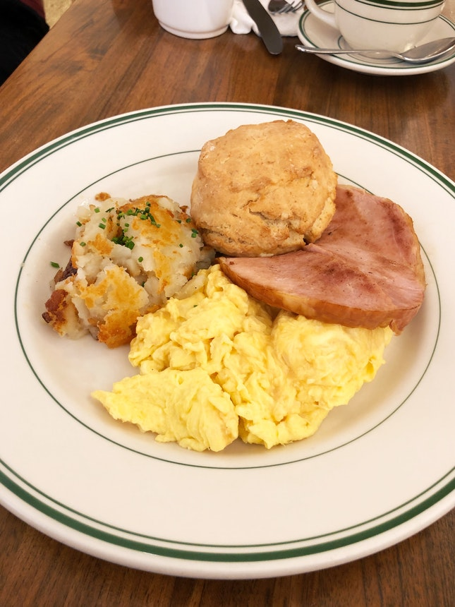 Country Breakfast [$21++]