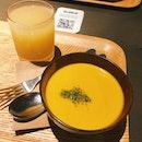 Cumin Carrot Soup And Apple Juice