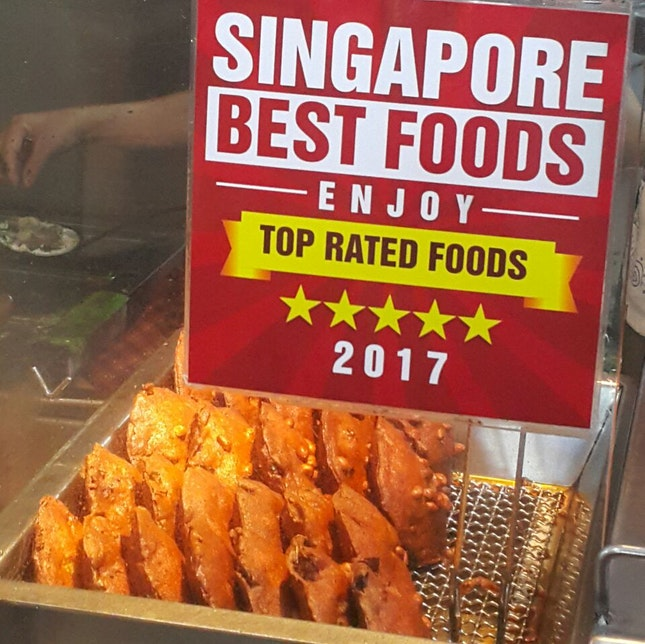 Must Try In Maxwell Food Centre