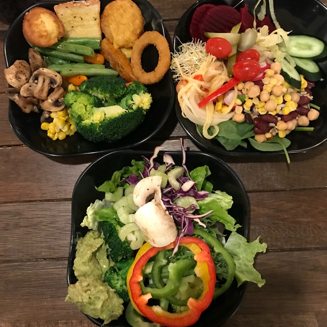Weekday 60 Min Express Lunch ($13.90-$18.90 NETT)