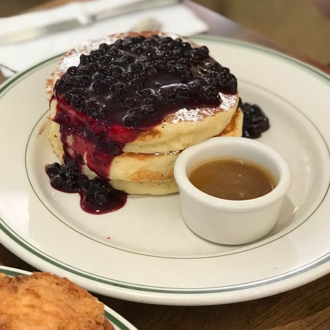 Pancakes With Warm Maple Butter & Blueberries ($19)