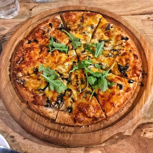 Mushroom & Truffle Flatbread Pizza ($23++)