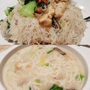 炒米粉&卤面 ($9.80++ each) 😋😋 .