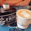 D'Black ($7++) & Oolong tea latte ($7++)!