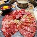 Having my fill of wagyu with the one for one buffet @tenkaichi.sg .