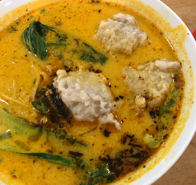 Tomyam Noodles With Fish Paste