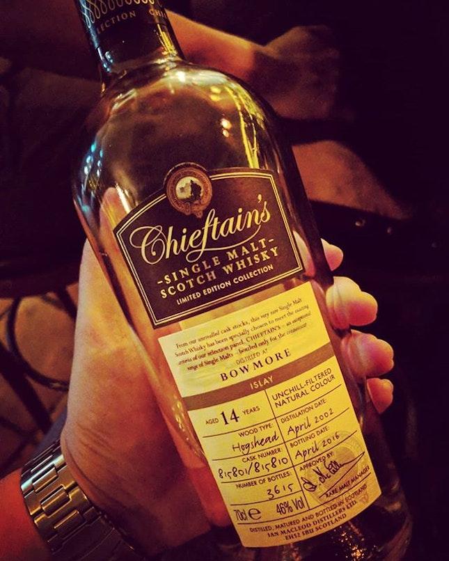 Bowmore 2002 14YO Chieftain's ABV46%  Nose: Green apple, pears, slight orange zest.