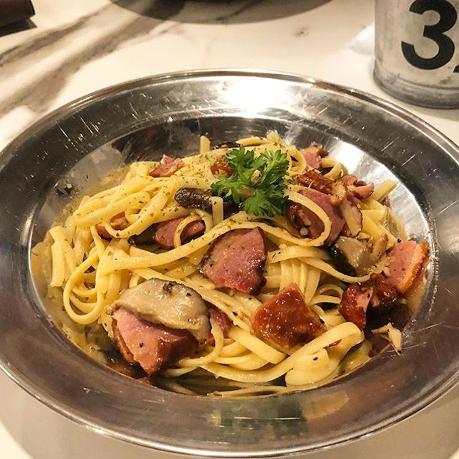 [Smoked Duck Aglio Olio-$14.90]  Can always count on @49seats for no-frills, affordable western fare.