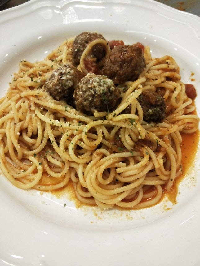 Reedz' Good o Meatball Pasta