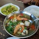 Aroi Mak Mak Tomyum Soup