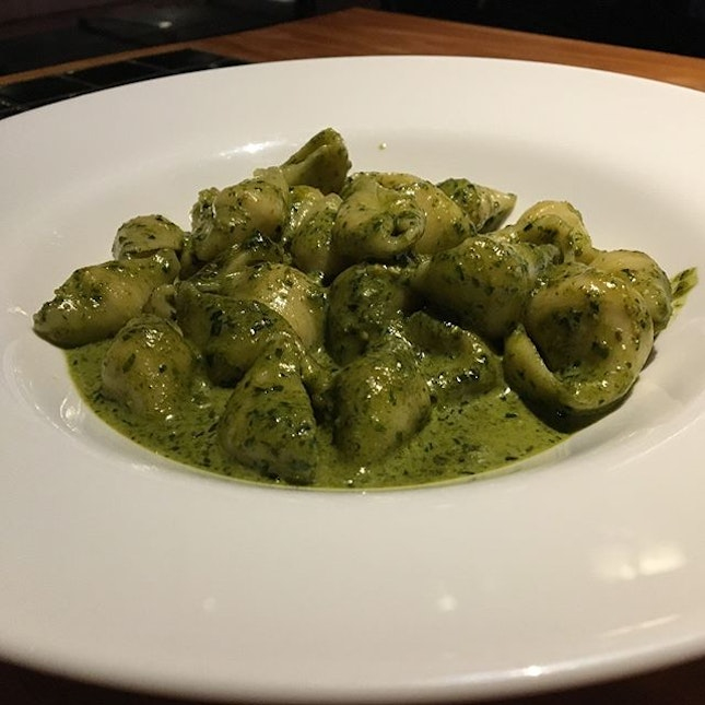 ~Pasta Fresca~ We went to the outlet at Boat Quay and the waterside seats were fantastic!