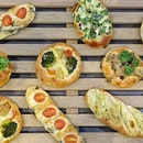 Our very own homegrown bakery Barcook has recently launched an all new veggie bun series featuring 7 different buns.