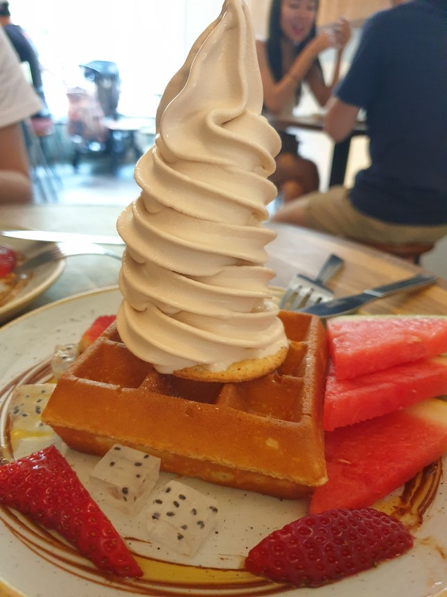 Earl Grey Ice cream Waffles