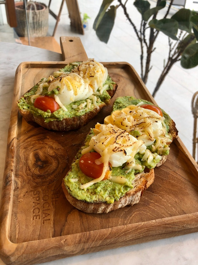 Avo And Egg Toast