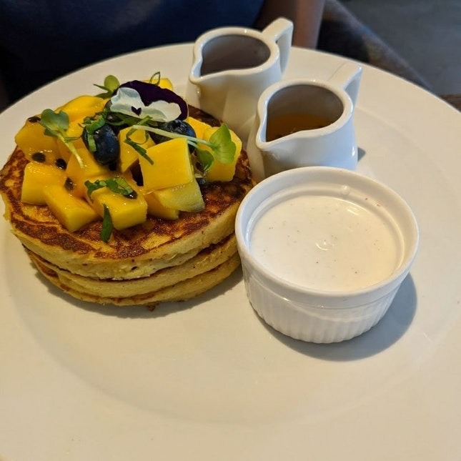 Tahitian Pancakes $22++