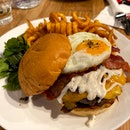 Cheese burger 🍔 $23++ / 5*