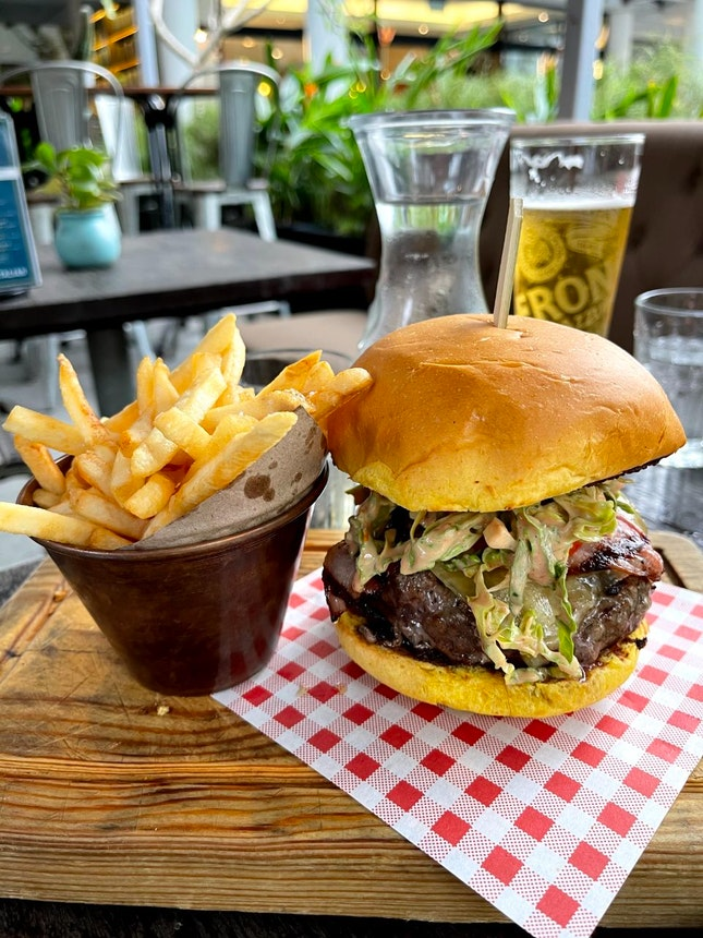 Cheese burger 🍔 $40 / 4*