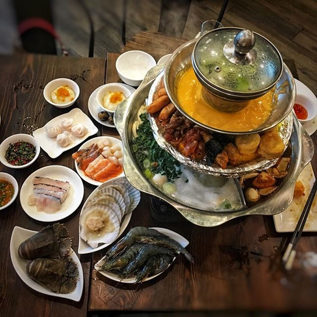 4-tiered Pagoda Steamboat