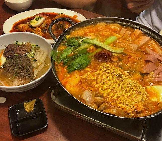 When your craving for Korean food is satisfied..whee!😙