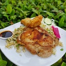 SALT.oldairport * 🌟Special Combo🌟 Soy Garlic Glazed Chicken & Fresh Barramundi w/ Garlic Fried Rice ~ $14.0   Side Salad   Beetroot Pickled radish   * Final episode of #BuzzingHawkersCh5 featuring a Simple yet Classic dish, with that they are also using fresh ingredient & a slightly high cost to give assurance to their customers😉😉 * @salt.oldairport, a three-year old stall run by young generation sibling duo Naomi & Kenny @taichinxenocin 😎😎 ~ Do drop by to show them some 😍💪🏽😍💪🏽😍💪🏽 * 📍Address: SALT Old Airport Hawker Centre 51 Old Airport Road #01-128 Singapore (390051) * #saltoldairport #salt #soygarlicglaze #sginstafood #sgfoodblog #sginfluencer #vscofood #samsunggalaxys8 #sgfoodies #jktfoodbang #thisisinsiderfood #exploresingapore #todayweexplore #burpple #8dayseat #dailyfoodfeed #thisisinsider #visitsingapore #singaporeinsiders #igfoodies #cliffyncheeze #tastemade #tastethisnext #eatfamous #sgfood