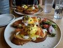 Fine Eggs Benedict!
