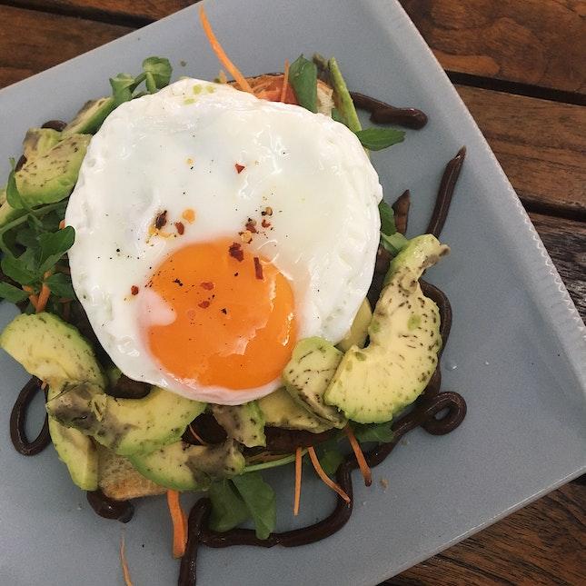 Sliced Avocado Brioche & Sunny Side Up Egg (RM24)