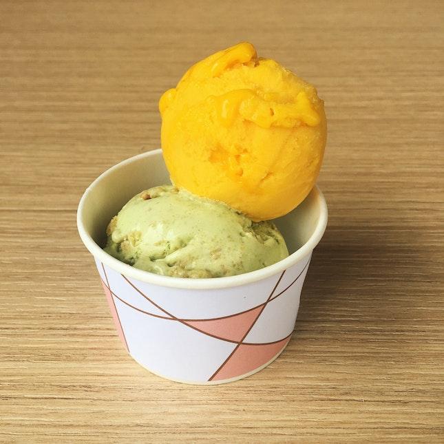 Kaya Toast & Passion Mango Sorbet (RM14.90)