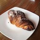 Almond Croissant (RM7)