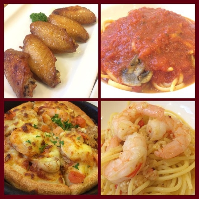 Pizzahut lunch  #Pizzahut #pizza #pasta #chixwings #chickenpomodoro #seafoodpizza #prawnaglioolio #aglioolio #goodtimes #burpple