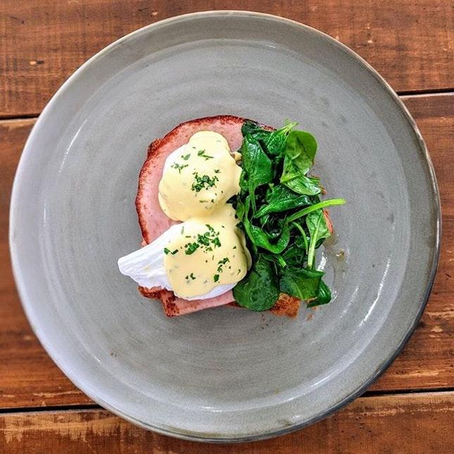 [Thomson] Classic Eggs Benedict ($18.5).