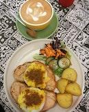 Green Tomato Cafe