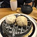 Charcoal Waffles 👍🏻👍🏻