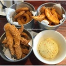 3 Sides & Bucket Of 10 Chicken Strips