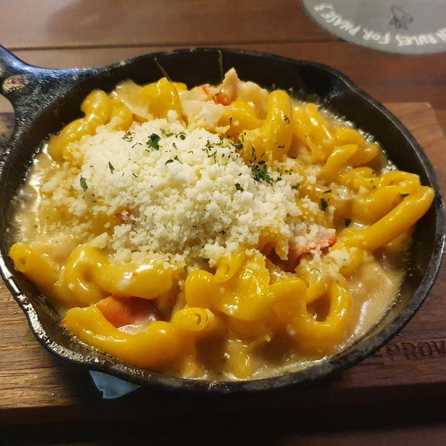 Lobster Mac And Cheese ($26)