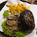 Creamy Mushroom Charcoal Burger