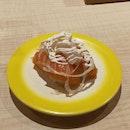 Tamanegi Salmon Sushi